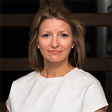 Dr. Jennifer Farrell